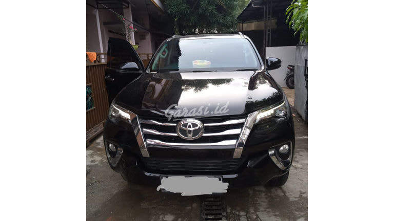 2018 Toyota Fortuner VRZ - Good Condition Like New (preview-0)