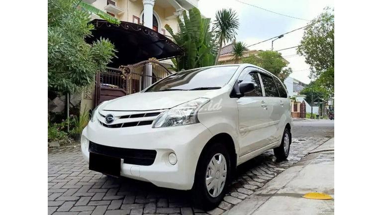 2015 Daihatsu Xenia X - Mobil Pilihan (preview-0)