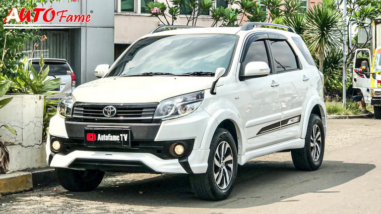 2015 Toyota Rush S (preview-0)