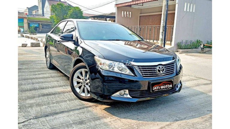 2014 Toyota Camry V - Matic (preview-0)