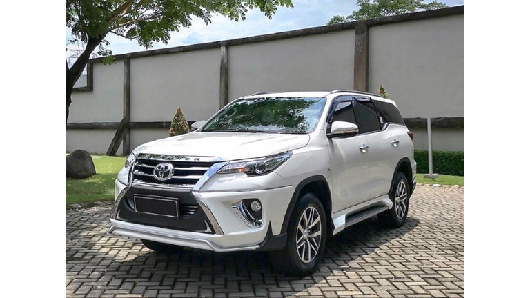 2016 Toyota Fortuner SRZ - Mobil Pilihan (preview-0)