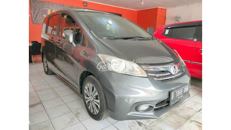 2013 Honda Freed PSD - kondisi istimewa (preview-0)