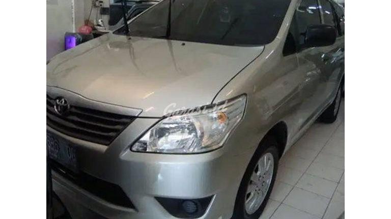 2013 Toyota Kijang Innova E - Bisa Kredit Murah Lengkap (preview-0)