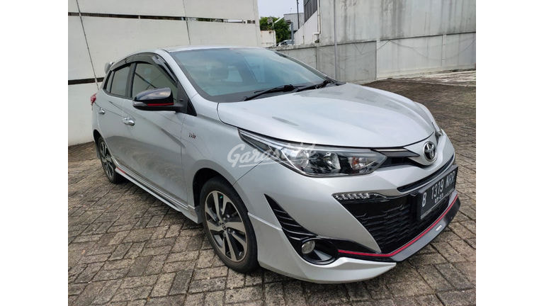 2018 Toyota Yaris S TRD (preview-0)