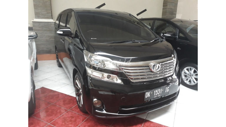 2009 Toyota Alphard at - Good Condition (preview-0)