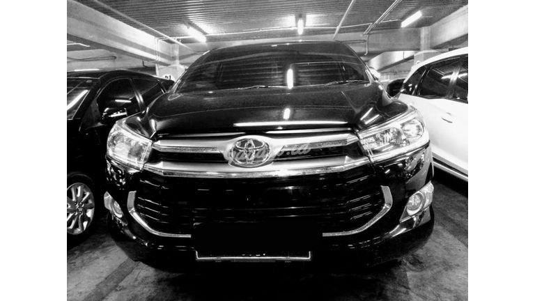 2016 Toyota Kijang Innova at - Mobil Pilihan (preview-0)