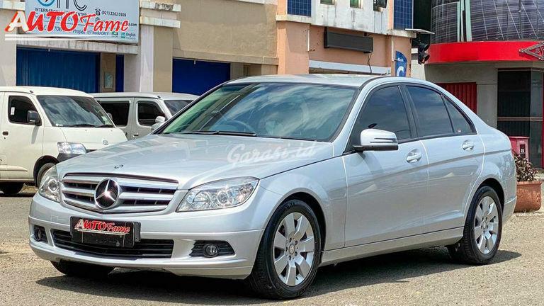 2011 Mercedes Benz C-Class W204 C200 - CGI 2011 Perfect Condition Mulus Sekali (preview-0)
