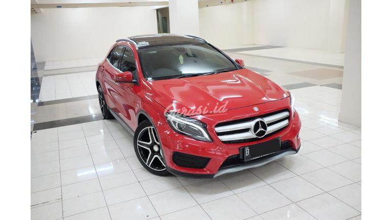 2015 Mercedes Benz GLA panoramic - Mobil Pilihan (preview-0)
