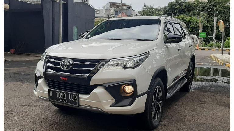 2018 Toyota Fortuner vrz trd - Mobil Pilihan (preview-0)