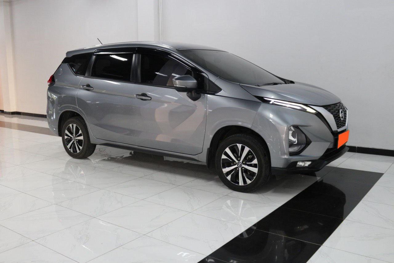 2019 Nissan Livina VE - Mobil Pilihan (preview-0)