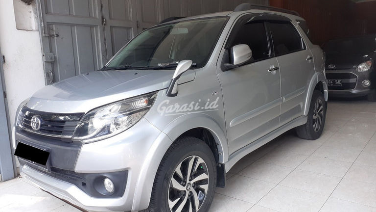 2015 Toyota Rush G - Mobil Pilihan (preview-0)