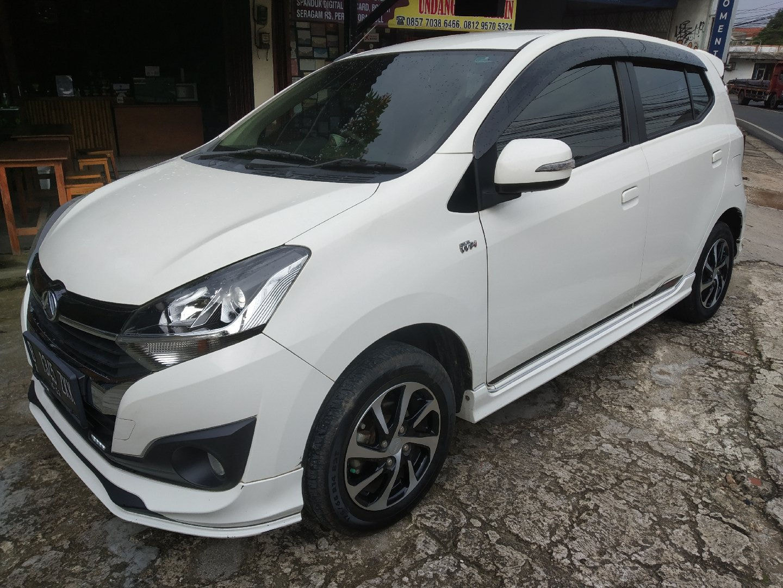 2018 Daihatsu Ayla R Deluxe - Mobil Pilihan (preview-0)