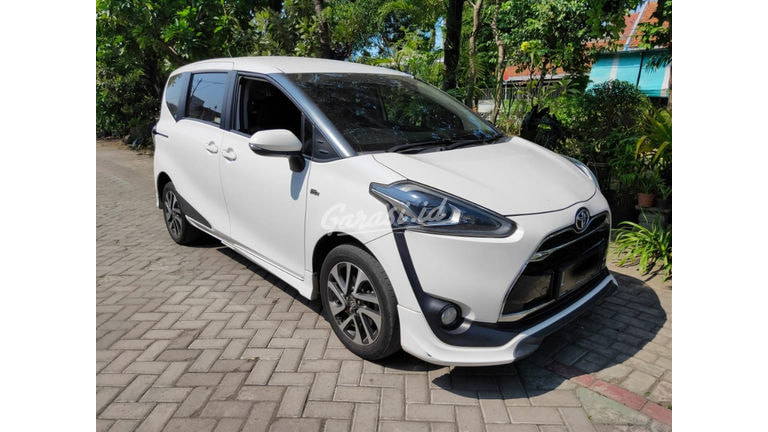 2017 Toyota Sienta Q - Cash/ Kredit Jarang Pakai (preview-0)