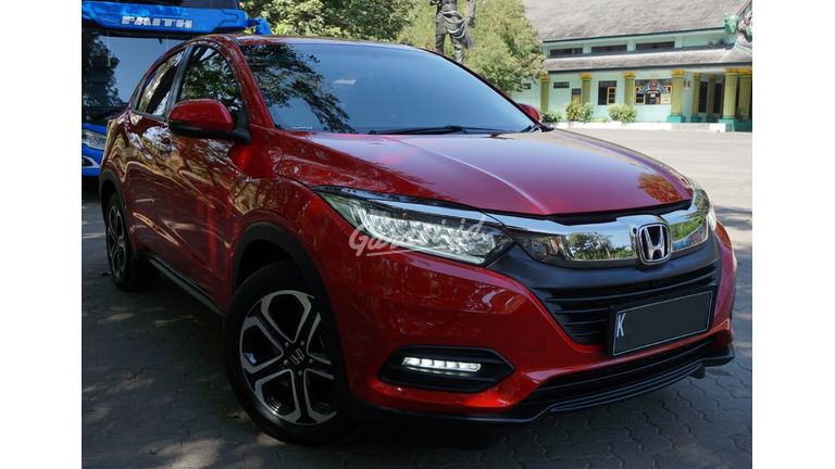 2018 Honda HR-V Special Edition - Automatic, KM 10rb, Nol Spet, Like New 99% (preview-0)