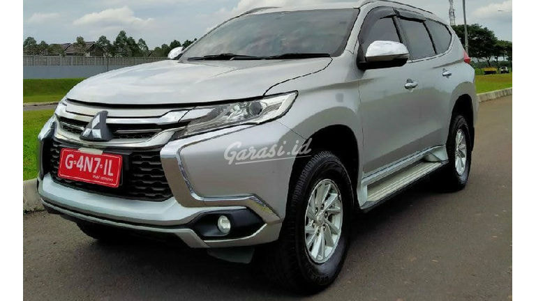 2016 Mitsubishi Pajero Sport Exceed - Mobil Pilihan (preview-0)