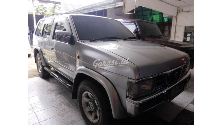 2003 Nissan Terrano 2.4 - Mulus Siap Pakai (preview-0)