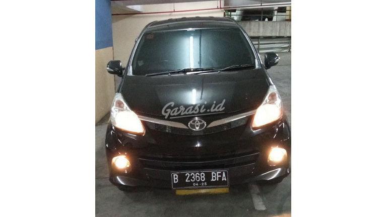 2015 Toyota Avanza Veloz - Mobil Pilihan (preview-0)