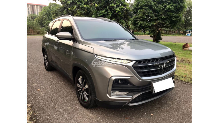 2020 Wuling Almaz Luxury Turbo - Mobil Pilihan (preview-0)