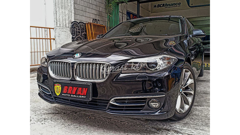2014 BMW 5 Series 520i MODERN LINE - HIGHEST TIPE LOW KM (preview-0)