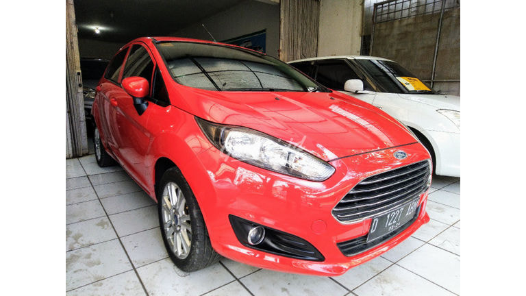 2013 Ford Fiesta Trend - Good Condition (preview-0)