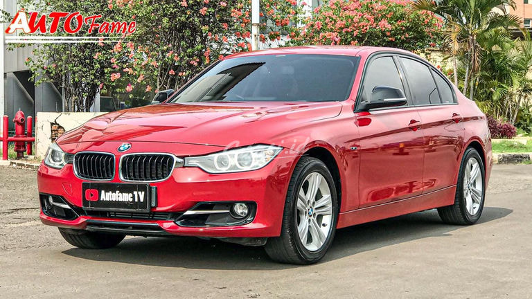 2013 BMW 3 Series F30 320i Sport (preview-0)