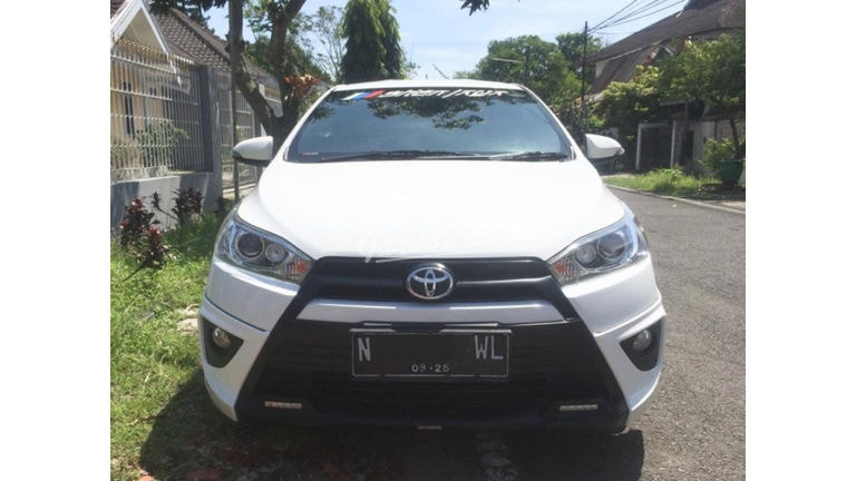 2015 Toyota Yaris TRD Sportivo (preview-0)