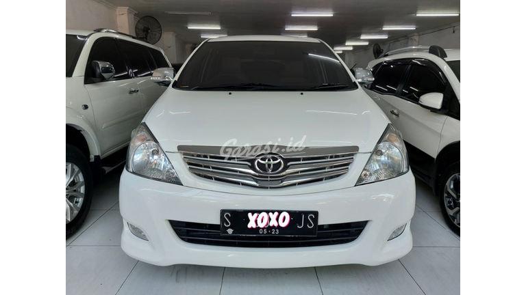 2010 Toyota Kijang Innova G (preview-0)