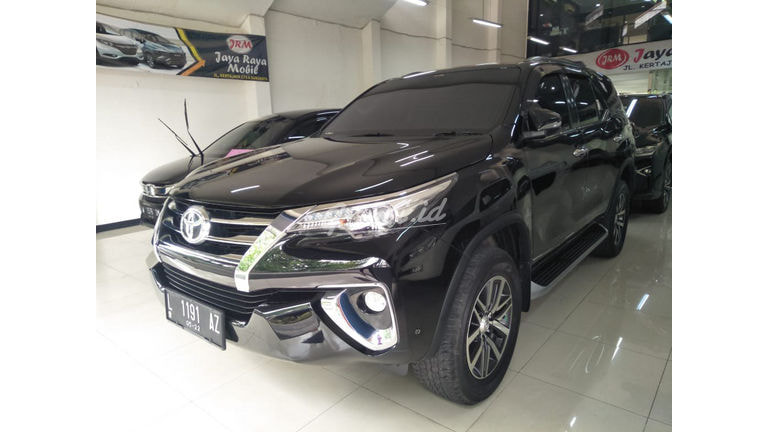 2017 Toyota Fortuner VRZ Lux - Mobil Pilihan (preview-0)