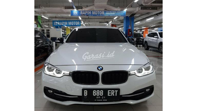 2016 BMW 3 Series M-Sport - Mobil Pilihan (preview-0)
