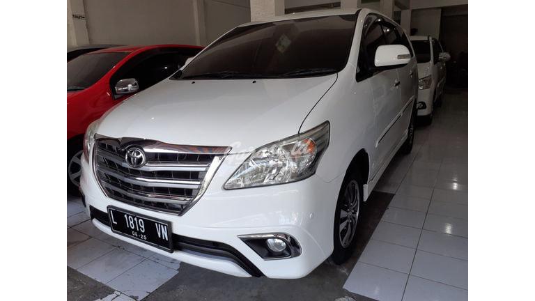 2015 Toyota Kijang Innova V - Terawat & Siap Pakai (preview-0)