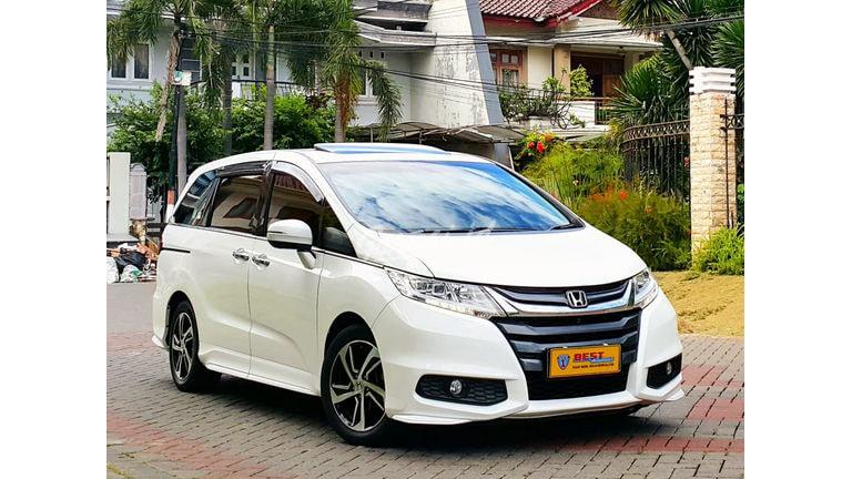 2016 Honda Odyssey prestige - Mobil Pilihan (preview-0)