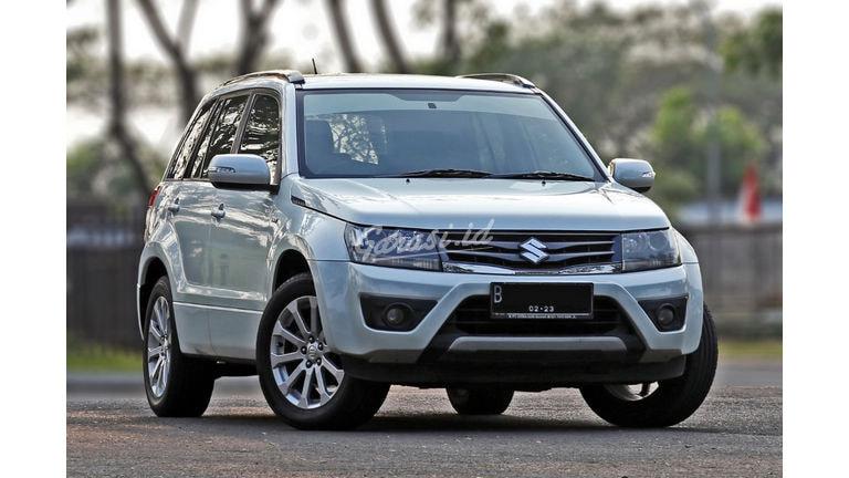 2012 Suzuki Grand Vitara CBU Japan - Perawatan Bengkel Resmi (preview-0)