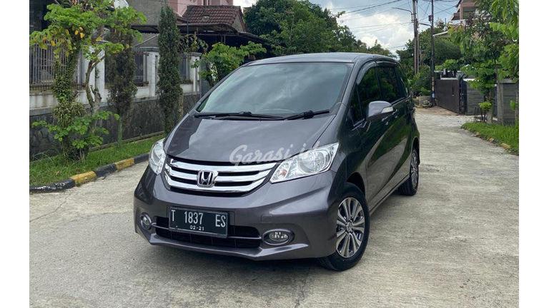 2015 Honda Freed E PSD - Mobil Pilihan (preview-0)