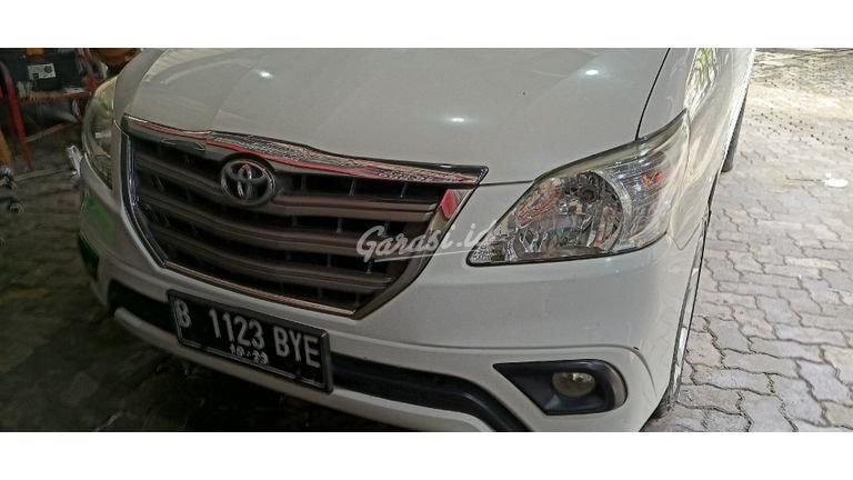 2013 Toyota Kijang Innova G - Jarak Tempuh Rendah (preview-0)
