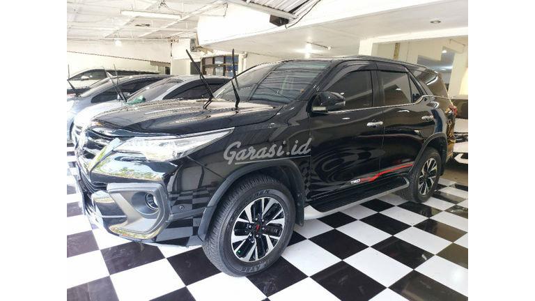 2017 Toyota Fortuner VRZ TRD - Mobil Pilihan (preview-0)
