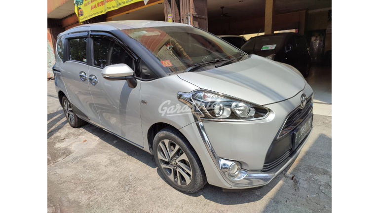 2017 Toyota Sienta v - kuy sblm menjelang lebaran.. (preview-0)