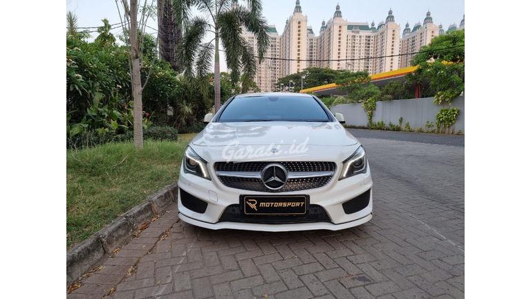 2015 Mercedes Benz CLA-Class CLA200 AMG (preview-0)