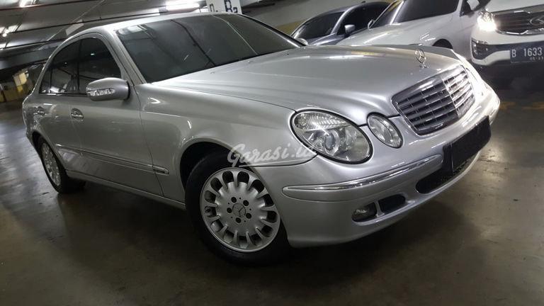2005 Mercedes Benz E-Class E260 - PRIBADI SANGAT BAGUS FULL ORISINAL MAU JUAL CEPAT (preview-0)
