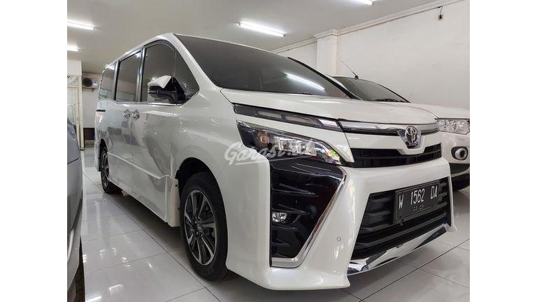 2018 Toyota Voxy 2.0 - Antik Mulus Terawat (preview-0)