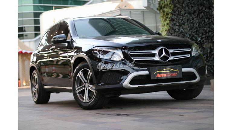 2017 Mercedes Benz Glc-250 - Mobil Pilihan (preview-0)
