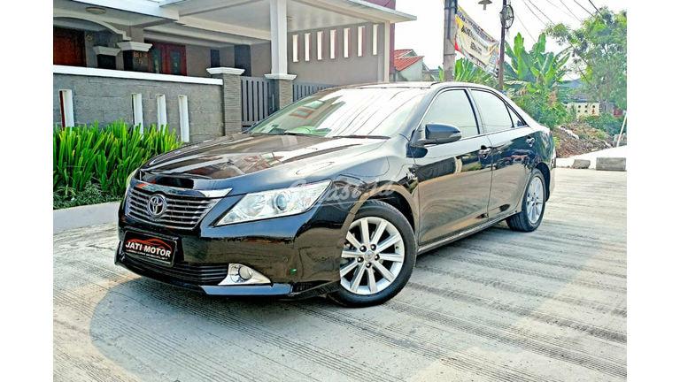 2014 Toyota Camry V - Mulus Siap Pakai (preview-0)