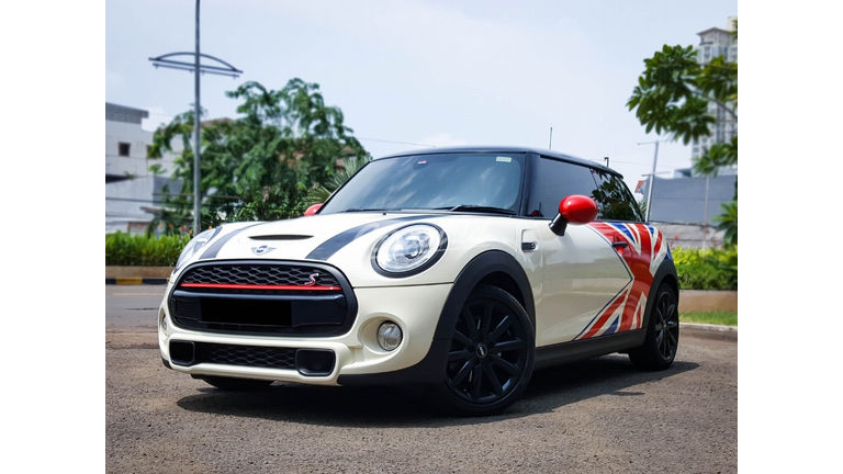 2014 MINI Cooper S Turbo - Mobil Pilihan (preview-0)