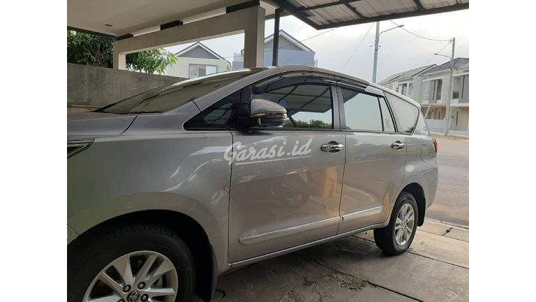 2019 Toyota Kijang Innova V Luxury - KM Rendah Seperti Baru (preview-0)