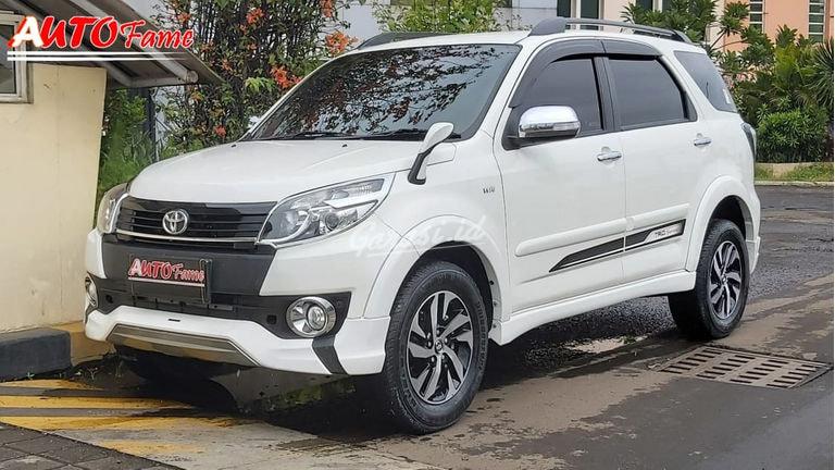 2016 Toyota Rush - Mobil Pilihan (preview-0)