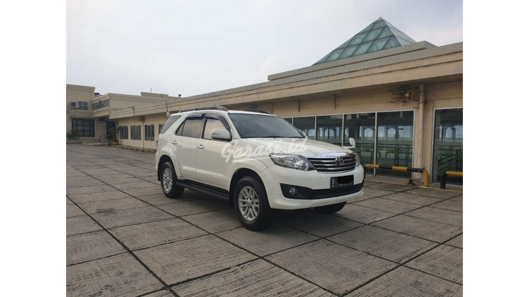 2013 Toyota Fortuner 2.7 V 4x4 Bensin AT Fullspec - Favorit Dan Istimewa (preview-0)