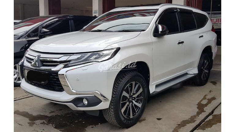 2019 Mitsubishi Pajero Sport Dakar - Mobil Pilihan (preview-0)