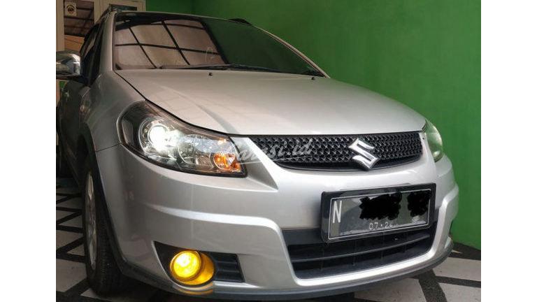 2011 Suzuki Sx4 Hatchback S - Original & KM Rendah (preview-0)