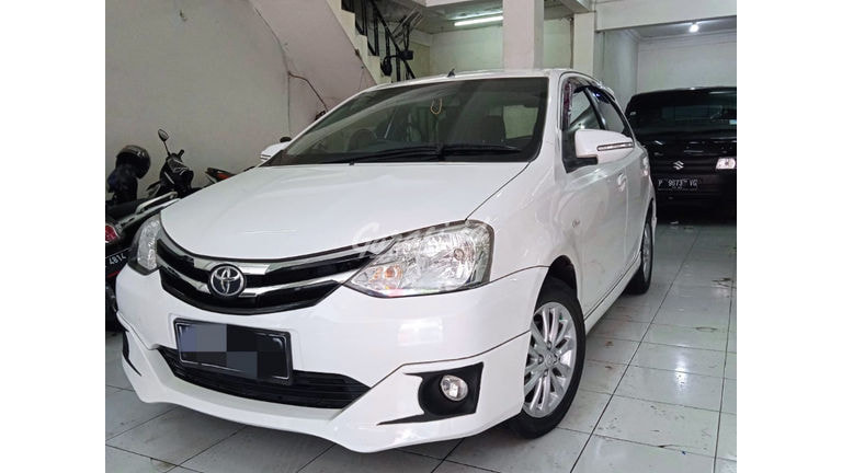 2015 Toyota Etios Valco G (preview-0)