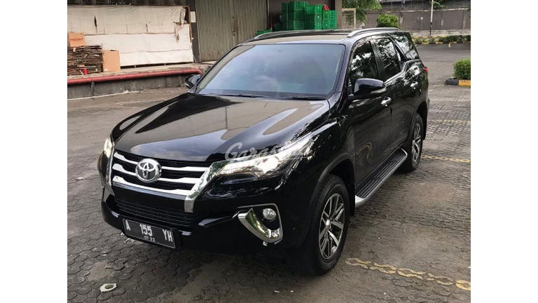 2017 Toyota Fortuner VRZ - Good Condition (preview-0)