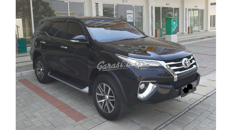2017 Toyota Fortuner VRZ - Unit Istimewa (preview-0)